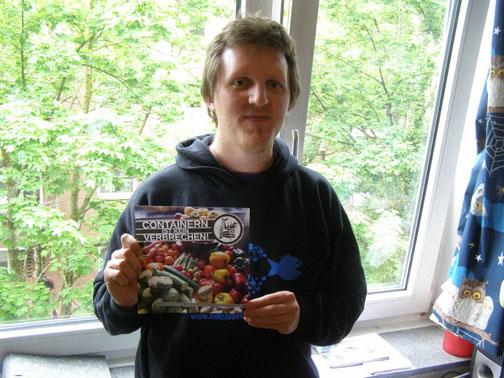 Christian mit seinem Buch