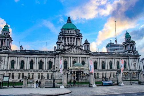 Belfast, Nordirland, Rathaus, Highlights, Die Traumreiser