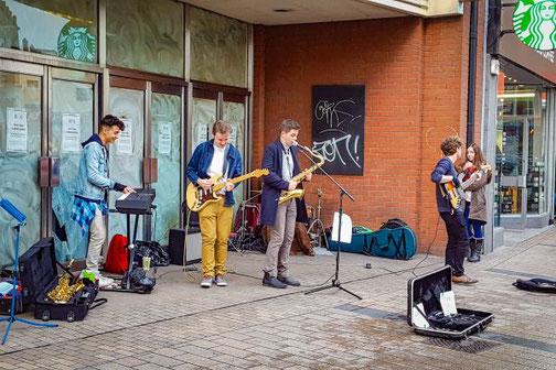 Musiker, Straßenmusiker, Belfast, Nordirland, Reisetipps, Die Traumreiser