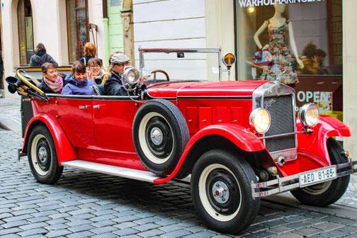 Prag, Altstadt, Oldtimer, Stadtrundfahrt, Die Traumreiser