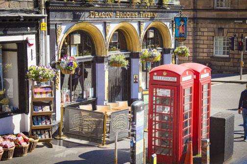 Victoria Street, Edinburgh, Straße, Die Traumreiser