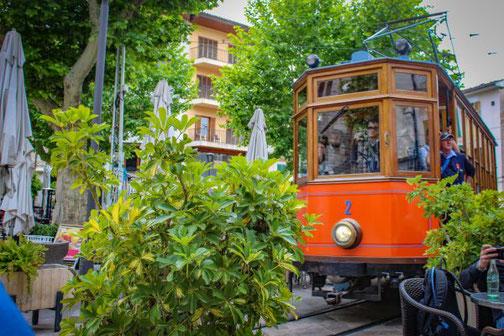 Mallorca, Spanien, Balearen, Reisetipps, Highlights, Die Traumreiser, Straßenbahn, Bahn, Soller