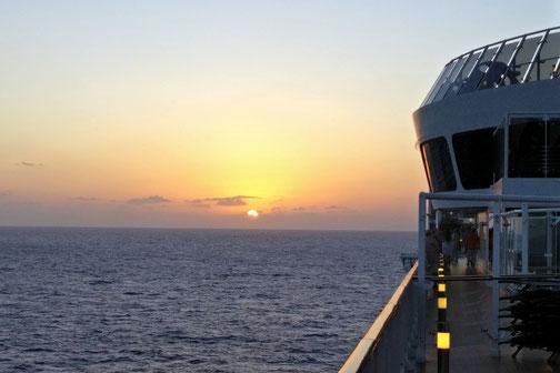 Die Traumreiser, MSC Divina, Sonnenuntergang