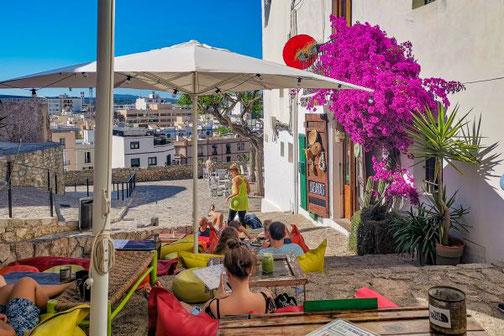 Ibiza, Eivissa, Balearen, Altstadt, Dalt Villa, Bars, Restaurants, Die Traumreiser