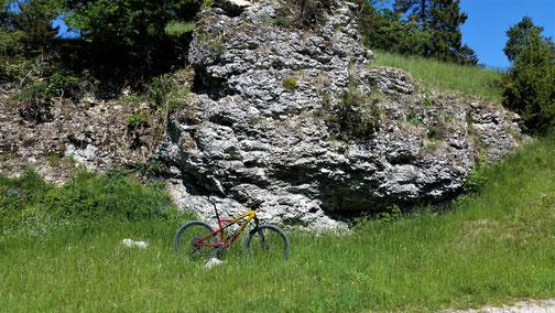 Hoffentlich bröckeln keine Steine auf mein Fahrrad...