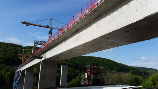 Bei der Filstalbrücke gehts langsam - aber stetig voran...