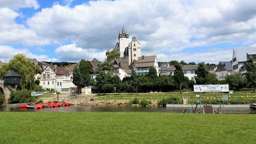 Vermutlich die Kirche in Diez?