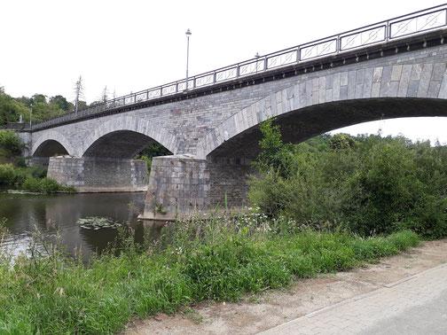 Die Marmorbrücke bei Villmar...
