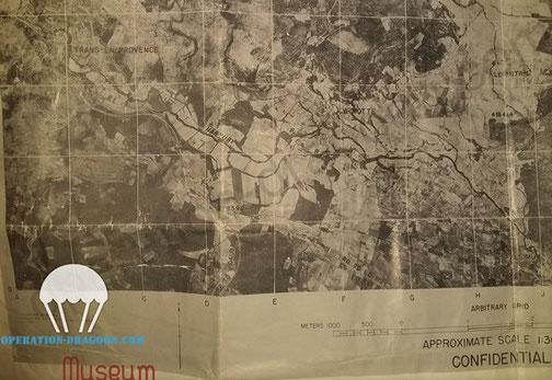 """Secret Air picture of the drop zone given to John BRADOVICH to learn  before """"D"""" day. Photo aérienne secrète utilisé pour reconnaitre la zone de saut."""