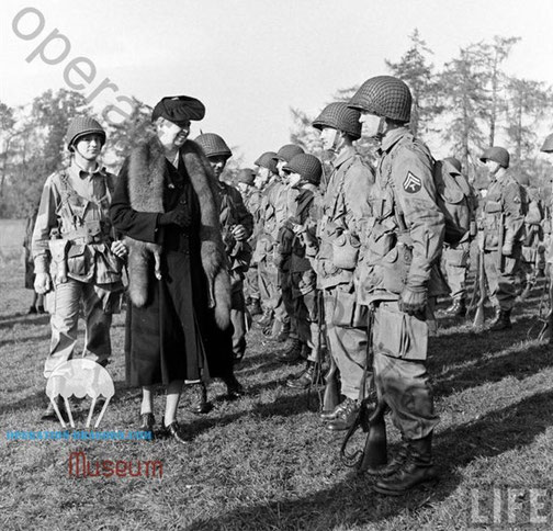 Eleonora Rosevelt visiting the 509 at Chilton Foliat . England. 1st commander RAFF on back right. 1942