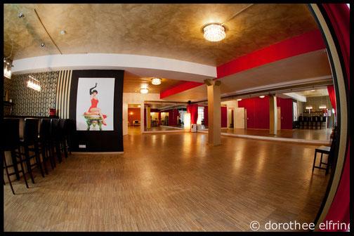 In diesem schönen Saal wird bei uns im Vintage Dance Studio gesteppt! München Steptanz Studio Silvia Plankl