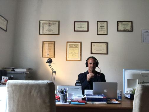 Psicologo on line, Dr. Andrea Ronconi, Psicoterapeuta on line, Sessuologo on line, consulenza on line, psicoterapia on line, terapia di coppia on line, videochiamata/videoconferenza