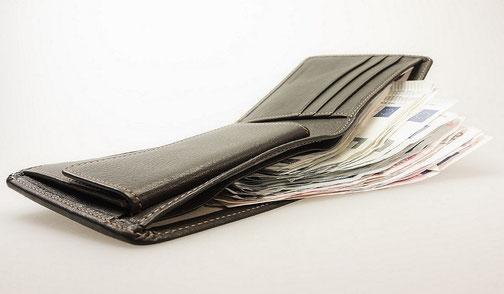 acquista i nostri portafogli in vera pelle da uomo o donna in vari modelli  nello shop on line