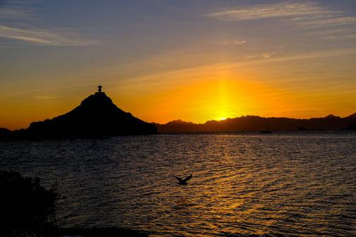 Couché de soleil sur l phare de Mulegue