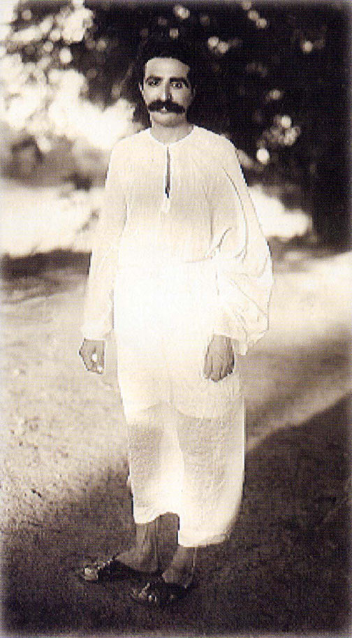 1928 : Meher Baba in Toka, India