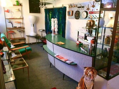 #Vintage Design Shop in Bochum, #Gebrauchte Einrichtung Bochum, #60s Bochum, #50s Bochum, #70s Bochum, #second hand bochum, #second hand, #design klassiker, #design klassiker bochum, #tütenlampe, #vintage, #teakmöbel bochum, #louis poulsen bochum, #art