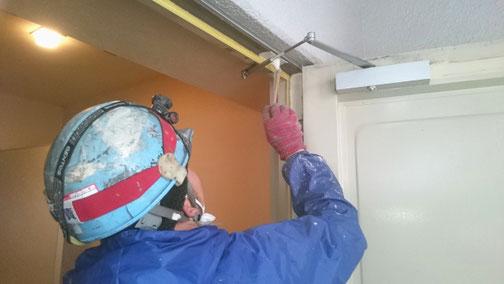塗装施工下処理・塗料吸い込み