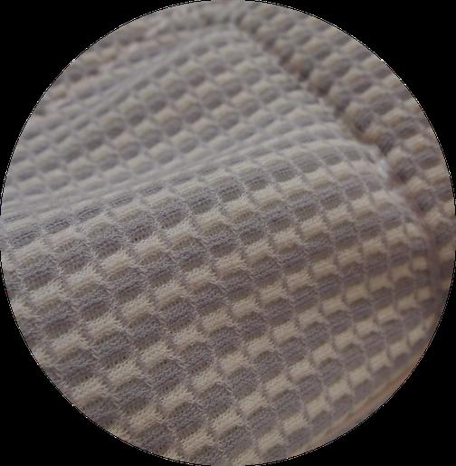 よ~く見ると立体メッシュになっているオーダー枕の側生地