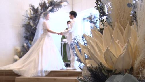 大阪、京都、神戸、奈良、滋賀、和歌山の結婚式 外注 持ち込みカメラマンは結婚式moviesへお任せください、撮って出しエンドロール、記録ビデオ、写真撮影