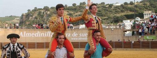 Triunfadores de la la 2ª novillada de clasificación del XXI Certamen de Escuelas Taurinas celebrada en el Coliseo de Almedinilla
