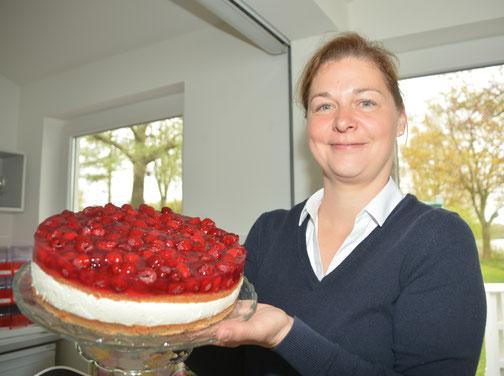 Bietet auch Torten an: Nanke Gröhn