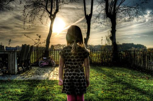 Der sichere Ort für Kinder ist ein wichtiger Bestandteil des Inneren Kinder Rettens in der Traumatherapie, Skitter Photo
