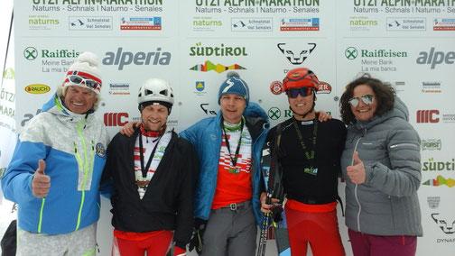 Nasz zespół po Ötzi Alpin Marathon '16 (Kuba w środku)