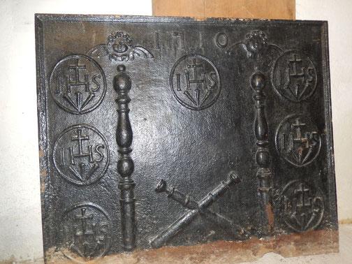 très grande plaque de cheminée ancienne