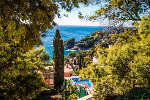 Louer une villa avec piscine pour de belles vacances à Blanes sur la costa Brava avec l'agence de location de vacances ab-villa