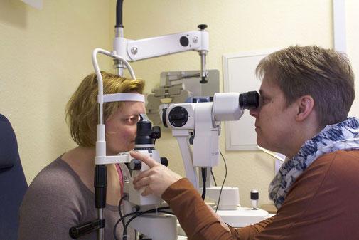 Augenmessung bei Fluthwedel Optik