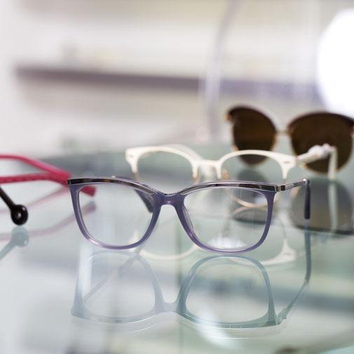 Modische Brillen bei Fluthwedel Optik