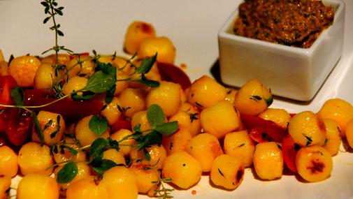 Mediterrane Gnocchi mit Grünkohl-Pesto - fairani