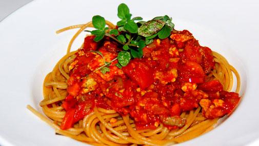 Spaghetti Tofu-Bolognese - klassisch - vegan - fairani