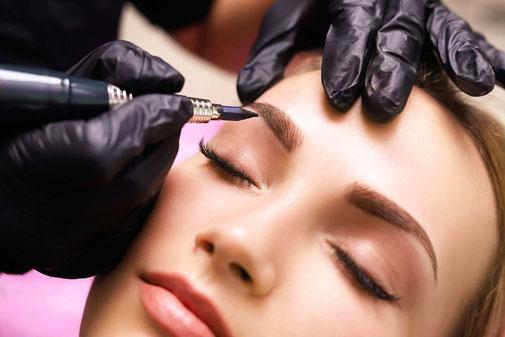 Augenbrauen Pigmentierung, Permanent Make-up