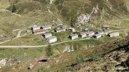 """Jagdhausalm bzw. auch """"tibetisches Dorf"""" genannt"""