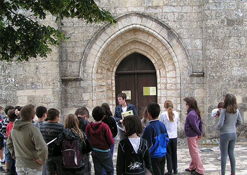 Animation scolaire-Temple protestant de Beaussais