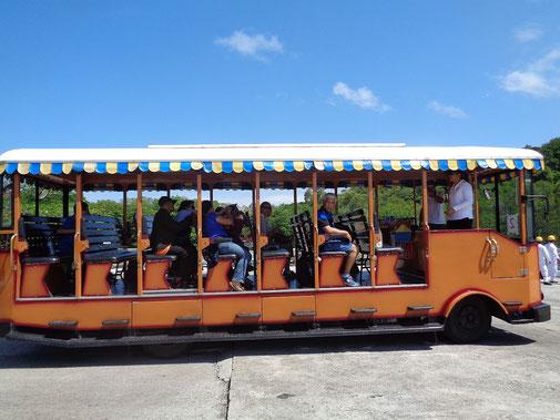 Mit diesem Gefährt wurden wir auf Corregidor herumgefahren