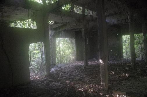 Überall auf der Indel findet man Ruinen