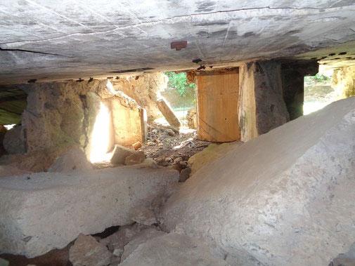 Unterwegs in einem der unzähligen Bunker auf Corregidor