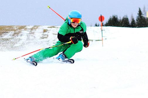 Erstes Skitraining in der Region