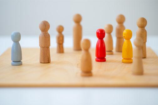 Berufliche Beziehungsprobleme, familiäre Probleme und auch Freundschaften werden bei systemischen Therapie  besonders behandelt