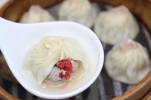 ブロッコリーを上海蟹ミソにつけて  食べるのがGOOD♪