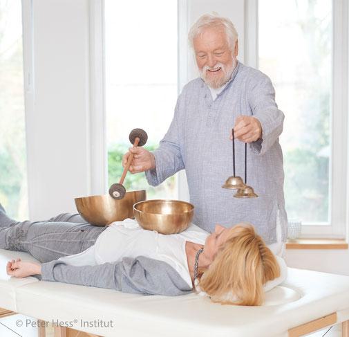 Chakrabalancing-Klangmassage, Anna Rottmann