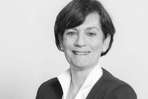 Ursula Kalt, Assistenz und Intake IV