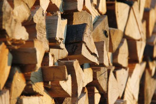 Buchenbrennholz zu verkaufen