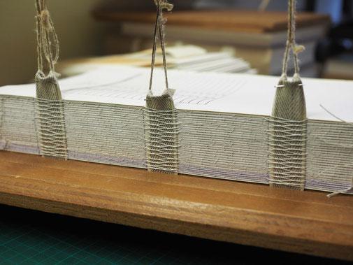 registres archives reliure escudie