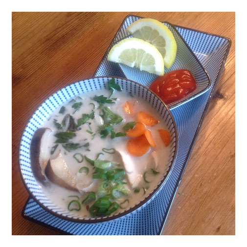 Tom Kha Kai, Thaise kippensoep met kokosmelk.