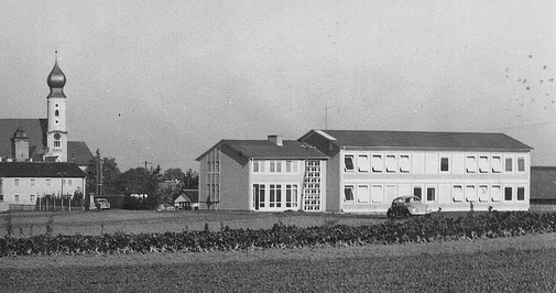 Schulhaus von 1959, vor Erweiterungen