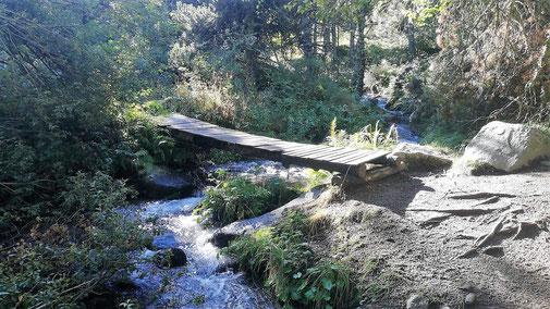 TC247 Senderisme Vall d'Eina - Pont sobre el riu