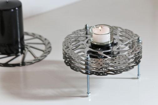 wohnaccessoires Teelichthalter Kerze Fahrrad recycling upcycling Bremsscheibe Fahrradteil Bike